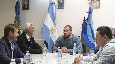 Prades pidió a directivos de YPF una mayor responsabilidad social