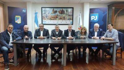 Felipe Solá volvió al PJ junto a Héctor Daer para integrar la mesa de Acción Política