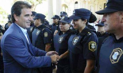 Con 16 expulsados, la policía necochense es de las peores de la región