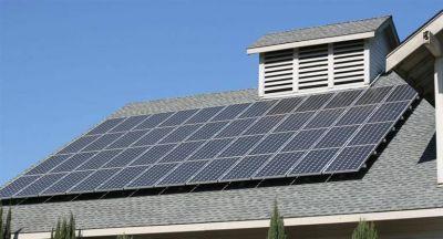 A la espera de que se reglamente la ley: cuánto costará un equipo solar para generar electricidad en casa