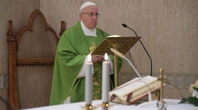 Un consejo práctico del Papa para lograr la paz en familia y vencer al diablo