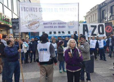 """Mar del Plata se hizo sentir con un """"ruidazo"""" contra el tarifazo en el gas y la luz"""