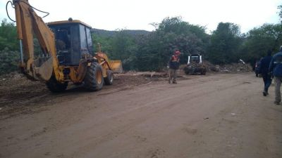 Carlos Paz: Se llenaron más de 150 camiones de basura en la costanera sur