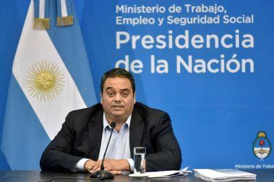 El Gobierno trabaja en un acuerdo social para diluir el paro de la CGT