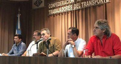 Los gremios del transporte se cortan y le plantan su agenda de protestas a la CGT