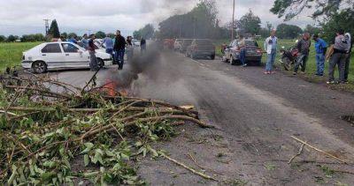 Despedidos de Alpargatas cortaron rutas para reclamar el pago de subsidios por desempleo