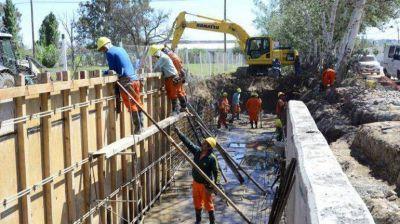 Construyen canal en El Progreso para evitar inundaciones