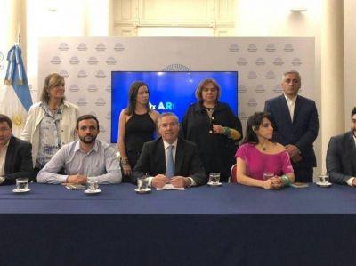 Varios Intendentes abandonan el Frente Renovador ¿que hará Facundo Lopez?