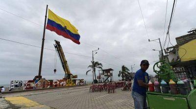 Ecuador busca acuerdos con petroleras para pago de deudas por prestación de servicios