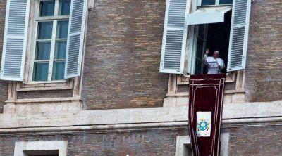 El Papa afirma que los cristianos deben elegir entre la santidad o la nada