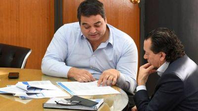 Sica busca desplazar a Triaca de Trabajo con el apoyo de la UIA