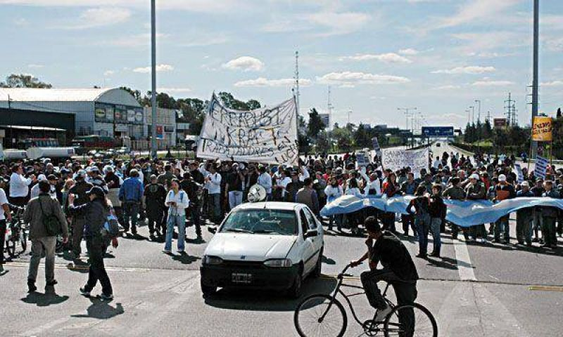 Kraft: anticipan otra jornada ca�tica por nuevas marchas a la empresa y en la Ciudad