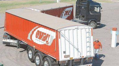 Productores de remolques y maquinaria agrícola superan la crisis fabricando bitrenes
