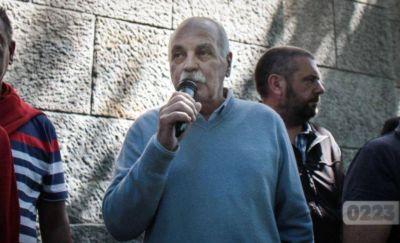 """Gilardi tildó de """"discapacitados mentales"""" a Mourelle y Distefano y provocó repudios"""