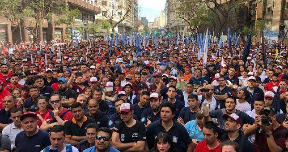 Muerza movilizó una multitud, pidió reapertura de paritarias y avisó que no se dejará robar las elecciones