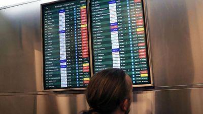 Protesta en Aeroparque y vuelos cancelados