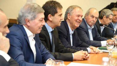 Schiaretti contrapone al modelo Macri, un ambicioso plan de obra pública con superávit