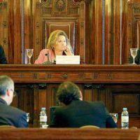 Escándalo: se falsearon algunos de los datos que se presentaron en la audiencia de Farmacity