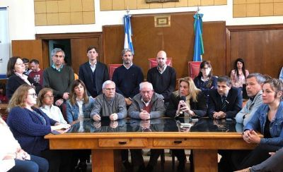 Se dijeron de todo, los concejales lo lograron, anuncios de Vidal y un papelón televisado al país