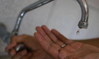 Corte de agua por arreglo en barrio Banco Provincia