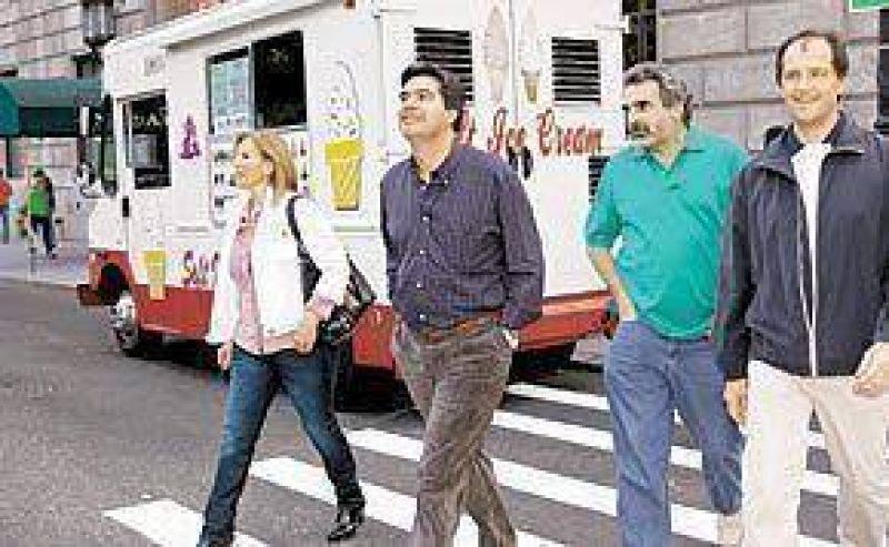 Viajes presidenciales: el premio de los Kirchner para pagar fidelidad