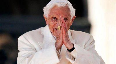 El Papa Emérito Benedicto XVI anima a debatir sobre la destrucción de la idea de derecho