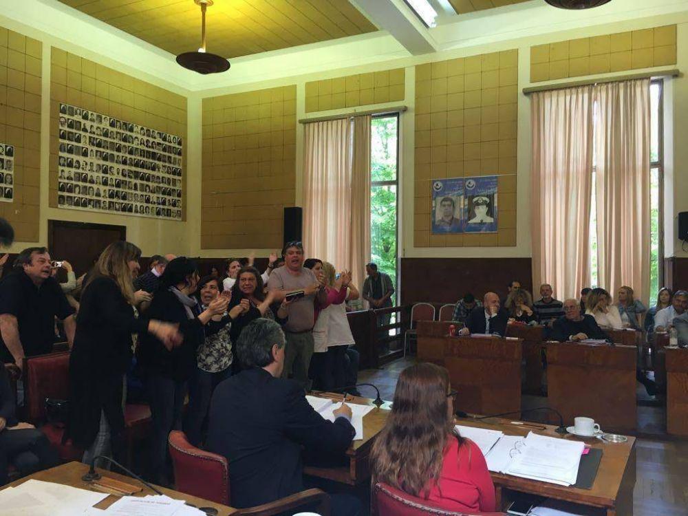 El Concejo aprobó la interpelación a los secretarios de Educación y Hacienda
