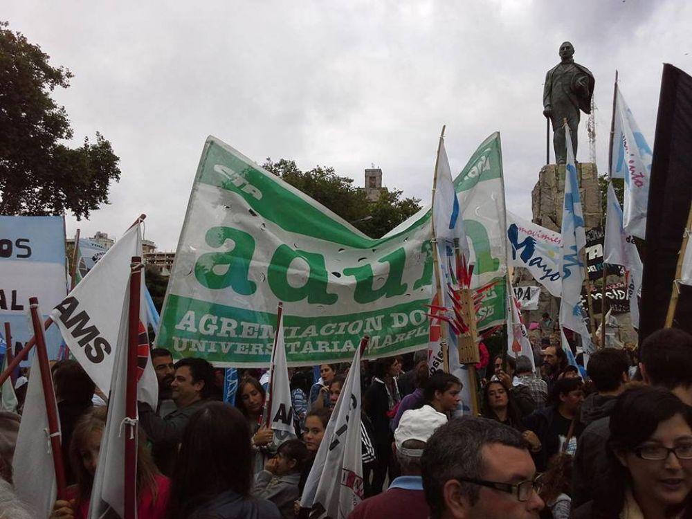 Docentes universitarios, de paro por 24hs: exigen reapertura paritaria