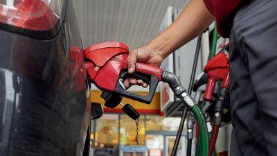 Más presión sobre las naftas y el gasoil