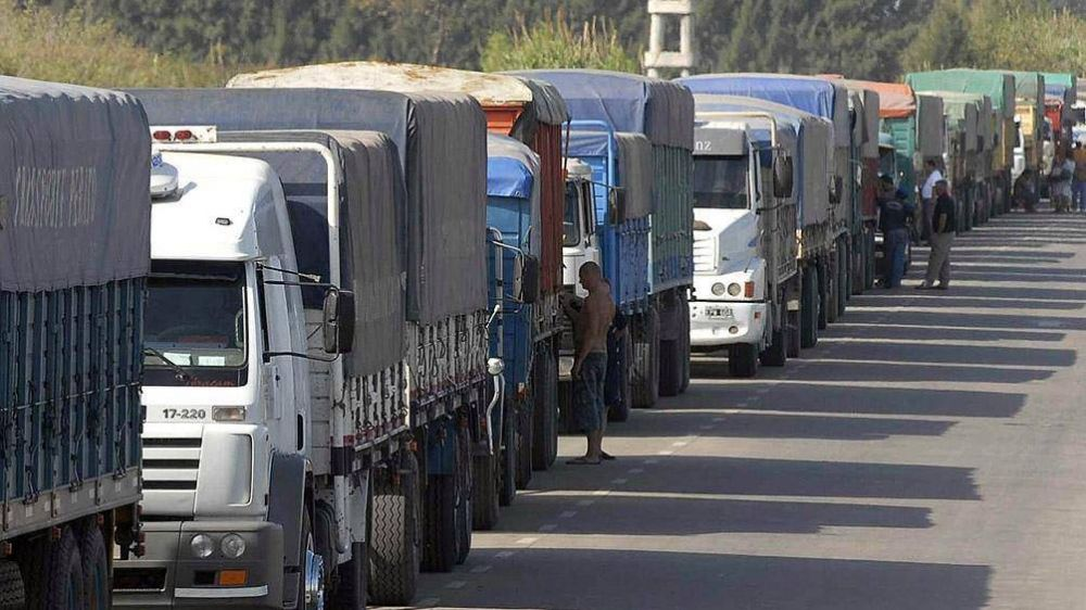 Restringen la circulación de camiones por 7 autopistas y rutas bonaerenses
