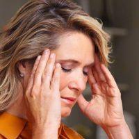 Los tres síntomas que distinguen a un dolor de cabeza de un posible tumor