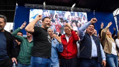 En un acto del PJ bonaerense, Moyano propuso a Magario como candidata a gobernadora