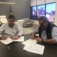 Fernández firmó convenio por $8 millones para la segunda etapa de la obra de desagües pluviales en 30 de Agosto