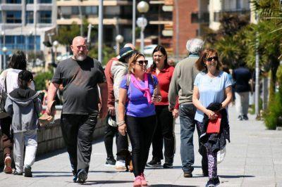 Fin de semana largo: casi 100.000 turistas arribaron a la ciudad