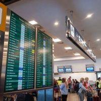 Conflicto en Aerolíneas Argentinas: los gremios de aeronavegantes anunciaron un paro de 24 horas para el próximo lunes