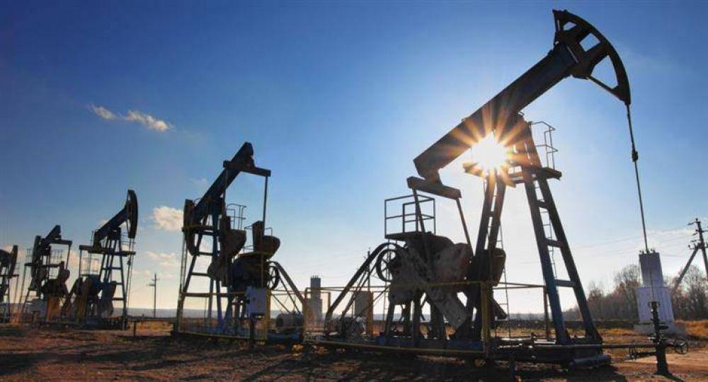 El petróleo se desplomó 6,6% a su menor valor en un año