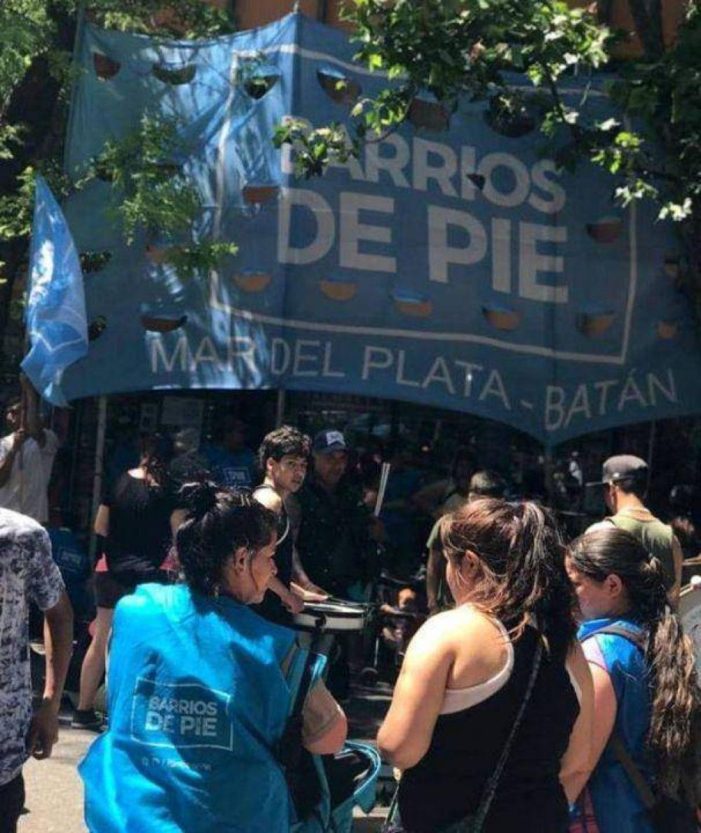 Barrios de Pie reclamó en Carrefour por una asistencia del sector privado