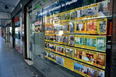 Advierten sobre aumentos mayores al 50% en alquileres para la temporada