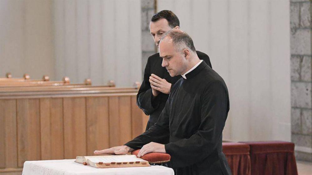 Los Lefebvrianos: retomamos la discusión teológica con el Vaticano
