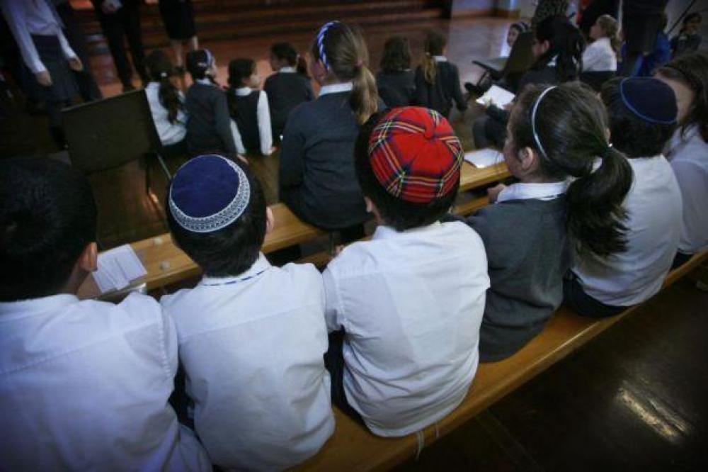 Católicos y judíos renuevan su compromiso en la protección de la niñez
