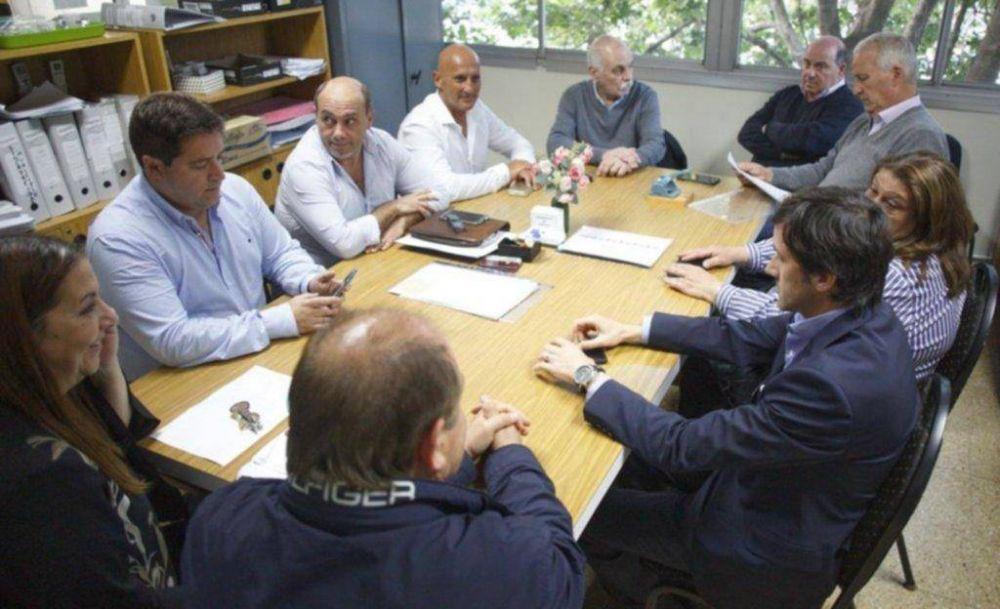 Paritaria municipal: el Ejecutivo propuso 7% y una suma fija de $2500