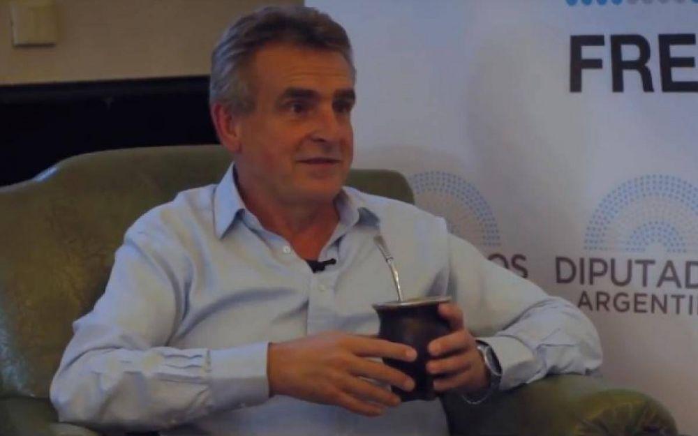 """Rossi: """"Lo que hace Vidal con los intendentes, es lo que hace Macri con las provincias"""""""