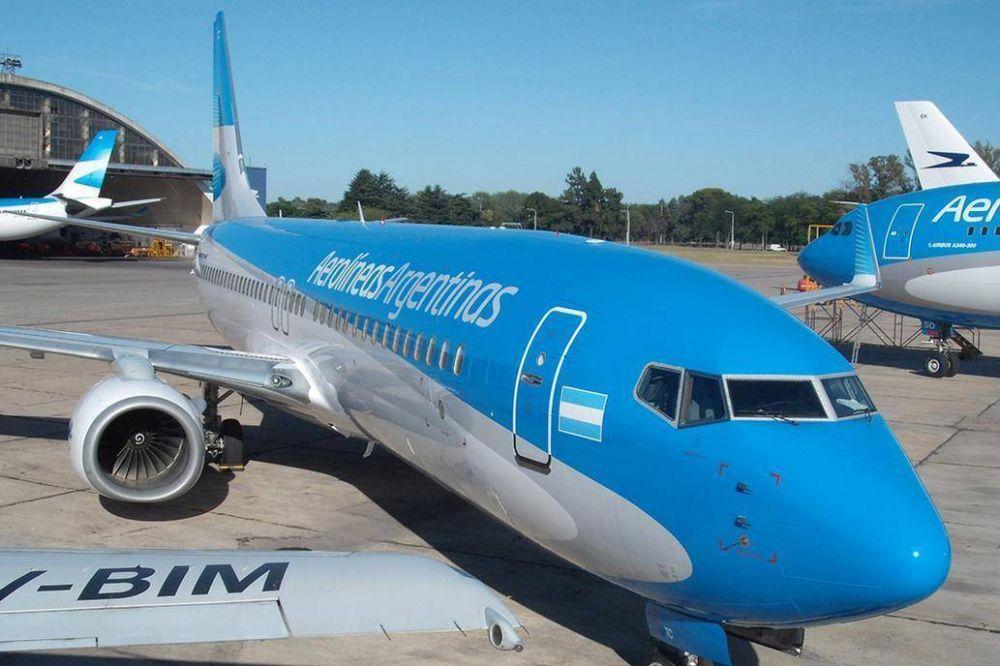 Por el paro, hoy no habrá vuelos de Aerolíneas y crece el conflicto con el Gobierno