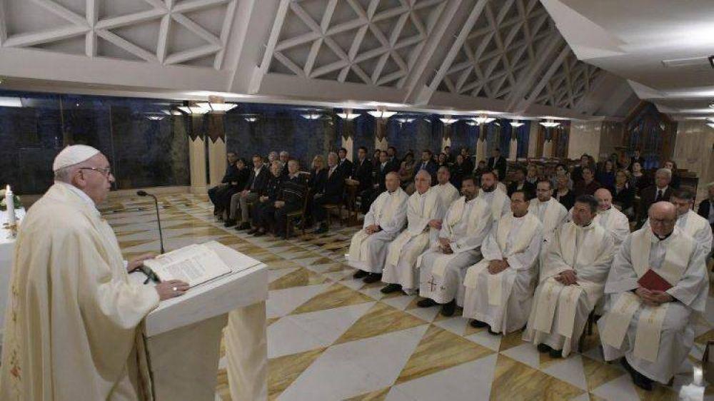 El Papa: la generosidad de las pequeñas cosas ensancha el corazón, cuidado al consumismo