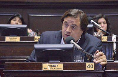 """Iriart, indignado tras la reunión con Arroyo: """"Se me hace difícil entenderlo"""""""