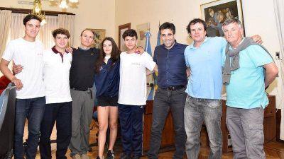 Tras el gran desempeño en Aluminé, López recibió a la Escuela Municipal de Kayak