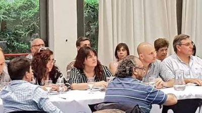 Roberto Gómez en la comisión de economía del PJ Buenos Aires