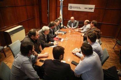 La estrella polar y el beso de Arroyo, el reto de Macri, el G-20 y algo de fútbol