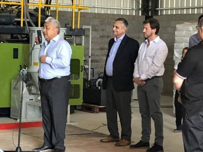 La embotelladora Reynes presentó su planta a las autoridades y empresarios