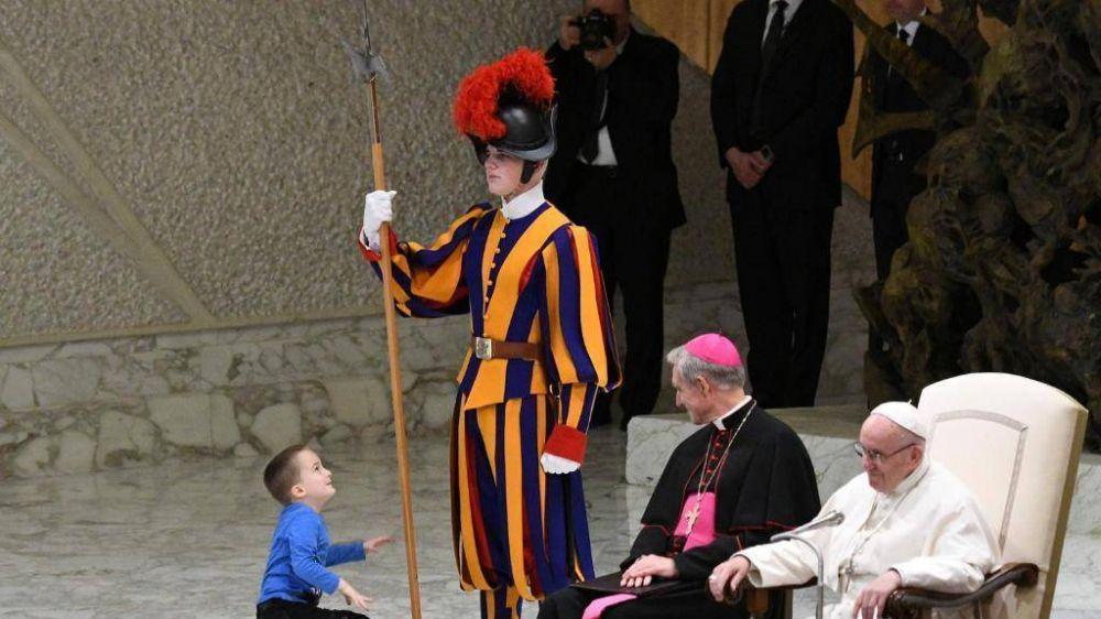 El Papa: el Decálogo no es una serie de prohibiciones, sino vida nueva